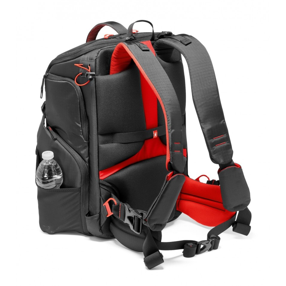 """Backpack for VR headset + 17.3"""" (XL) - Manfrotto"""